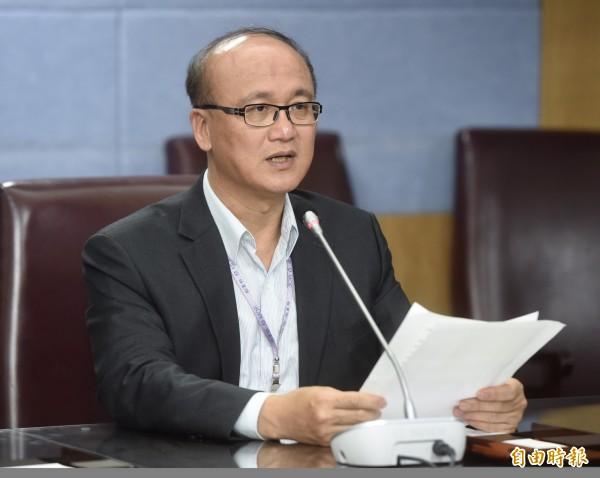 教育部次長林騰蛟今晚宣布,台大要重啟遴選機制,重新選出新校長。(記者簡榮豐攝)