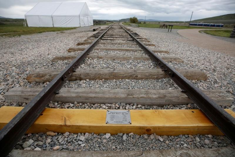 美國橫貫鐵路連通,最後一塊鐵道枕木之仿製品也在該公園展出。(路透)