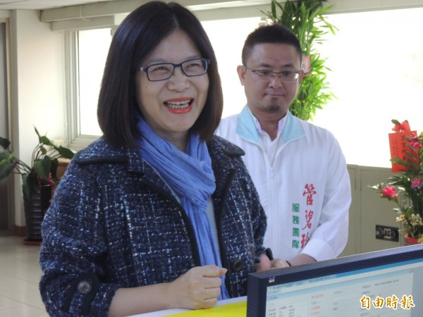 傳出立委管碧玲有望接任教育部長,但今晚她受訪時強調還在考慮中。(資料照,記者王榮祥攝)