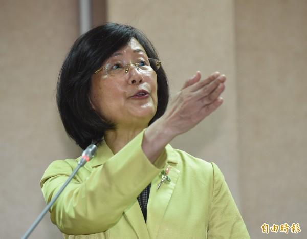 法務部長羅瑩雪14日就肯亞事件赴立院報告備詢,多次與立委言詞交鋒,激怒立委。(記者劉信德攝)