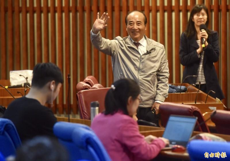 前立法院長王金平12日出席台北市立大學專題演講。(記者簡榮豐攝)