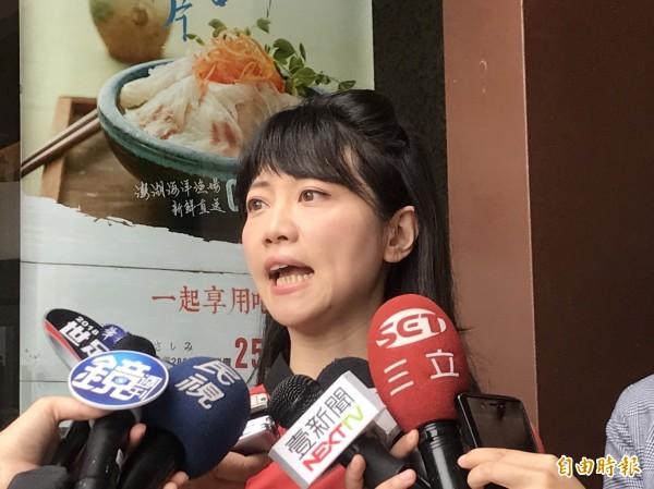 民進黨台北市議員高嘉瑜(見圖)被台北市長參選人姚文智辦公室發言人洪立齊點名「看要不要退黨」。(資料照,記者蘇芳禾攝)