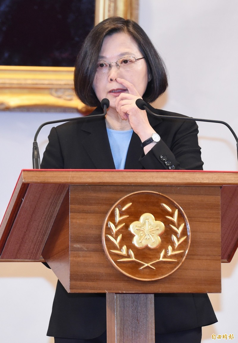 蔡總統說,要從其他方面來改善與日方的經貿關係。(記者廖振輝攝)