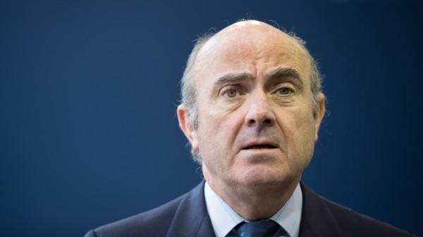 西班牙經濟部長金多斯指出,「加泰隆尼亞過去的發展速度超越西班牙,是西班牙經濟的驅動力之一」,但在去年第4季,加泰隆尼亞成為西班牙全國的負擔。(彭博)