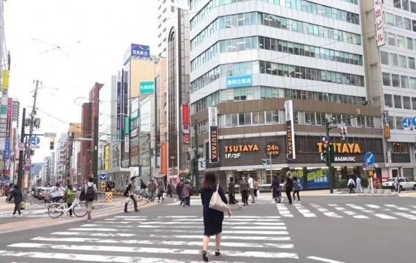 一名住在北海道的台灣女子表示,札幌市區幾乎已恢復正常運作。(影片截圖由臉書粉專「台灣女孩的北海道生活」提供)