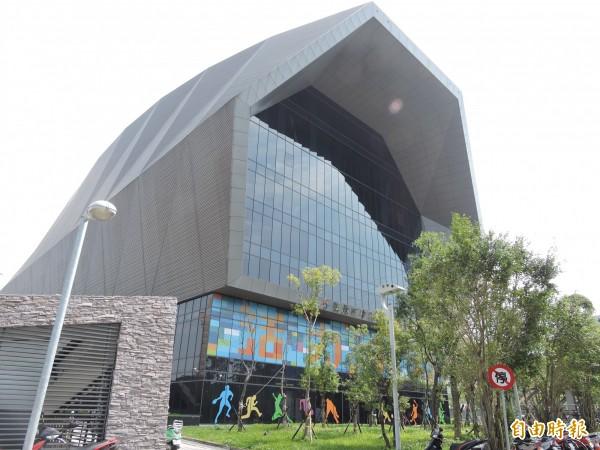 中和國民運動中心。(資料照,記者賴筱桐攝)
