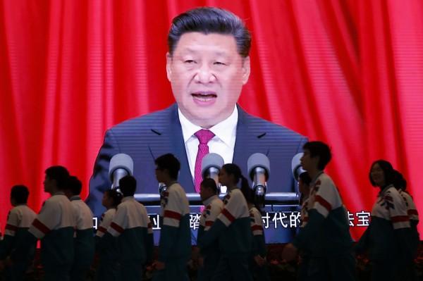 中國對境內的宗教信仰管控更加嚴厲,有媒體揭露,現在許多省市的中小學刻意向學生灌輸「無神論」,並以洗腦、威脅恫嚇、舉報等手段達到剷除宗教信仰的目標。(歐新社)