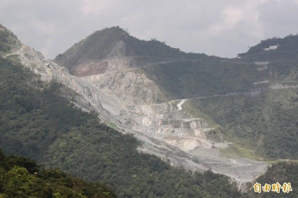 有媒體報導指出,在台灣承租國有林地採礦相當便宜,1公頃的年租金竟然只要不到10萬塊,比在台北租一間小套房還要便宜。(資料照,記者林欣漢攝)