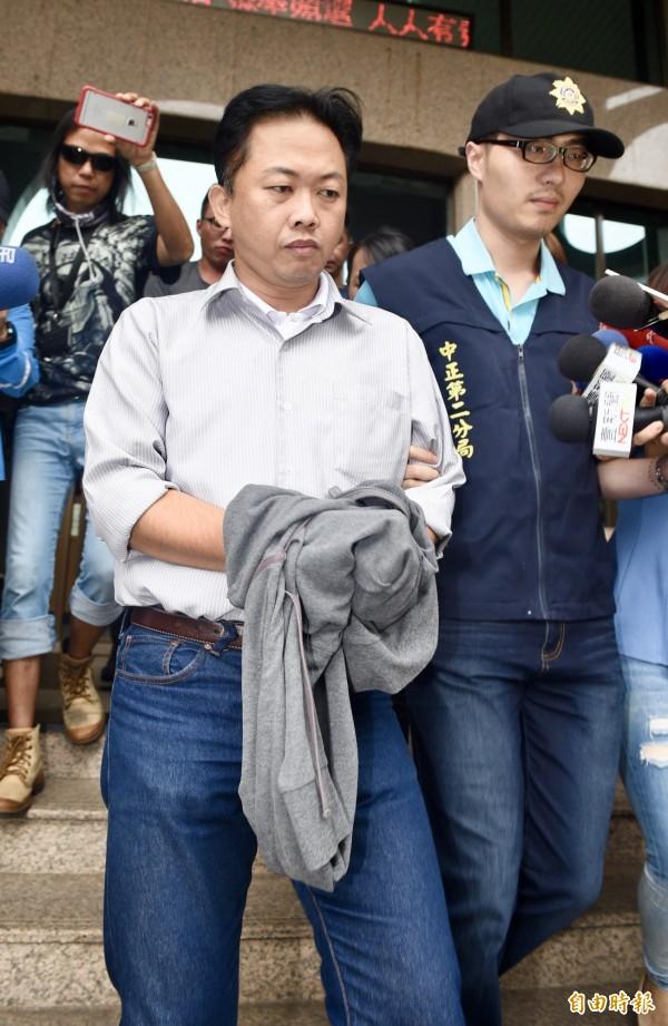 國民黨台北市議員參選人林冠勳昨天晚間酒駕,被移送北檢偵辦。(記者羅沛德攝)