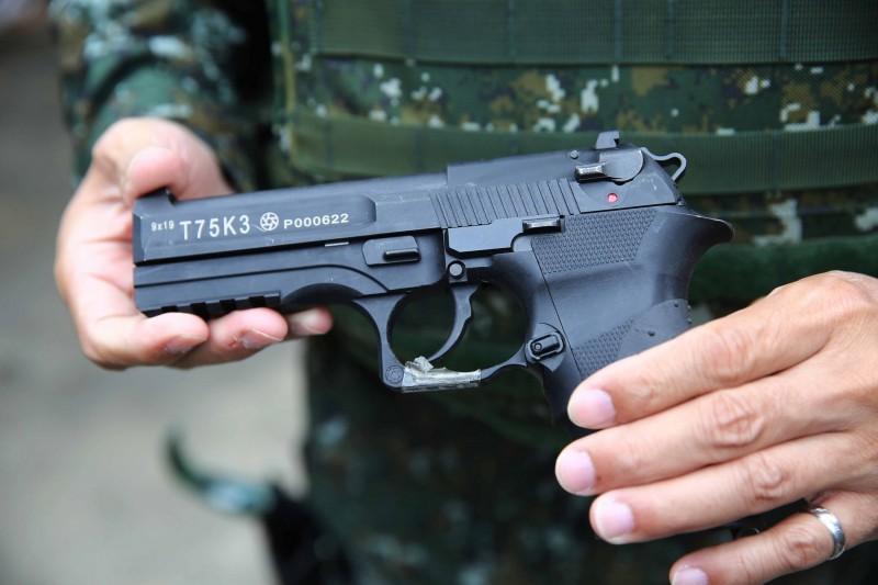 此技術已運用於軍備局205廠製造的國造T75K3手槍,未來將運用於205廠研發中的國軍T91K3步槍上。圖為T75K3手槍。(中央社)