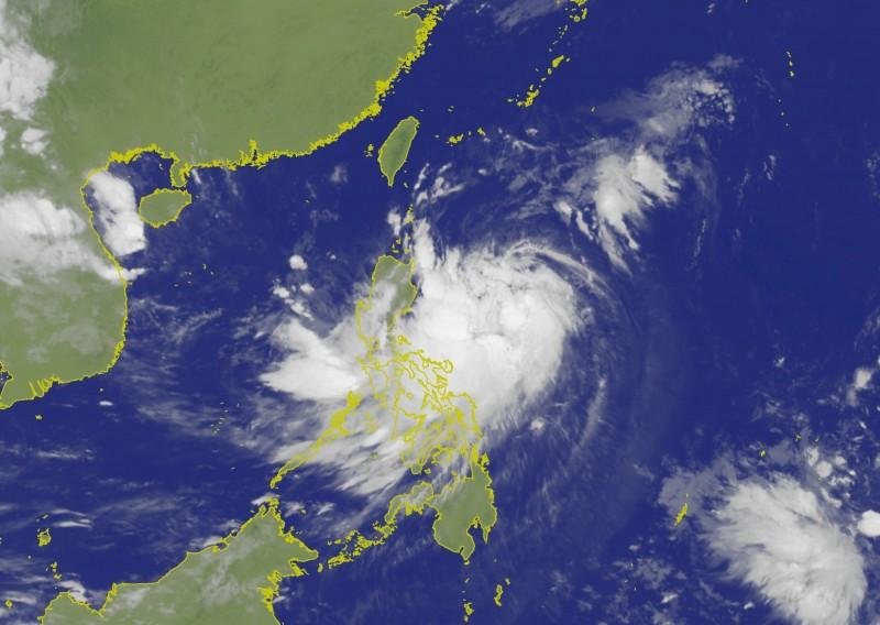 輕度颱風白鹿正以每小時26公里速度,向西北方向進行。(圖擷自中央氣象局)