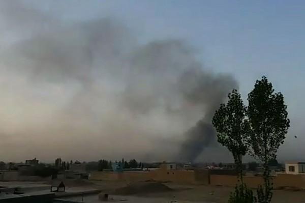 伊斯蘭極端組織「塔利班」對阿富汗東部的加茲尼市發動攻擊,造成1名阿富汗士兵死亡,7名士兵受傷。(法新社)