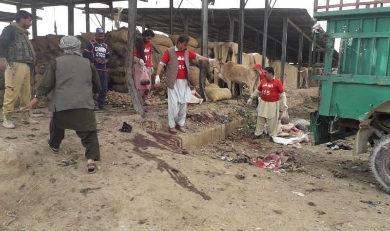 巴基斯坦露天市場爆炸致14死、多人受傷。(圖擷自推特)