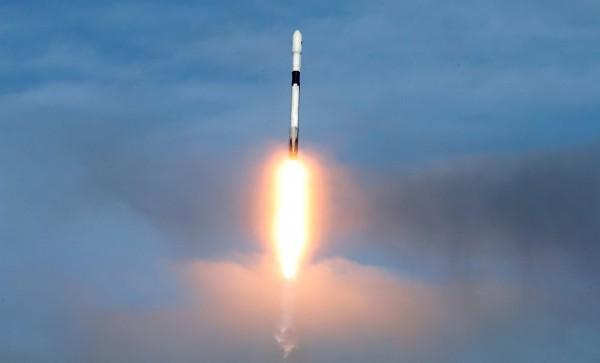集體「太空葬」! SpaceX火箭將送100人骨灰上太空