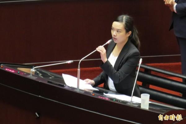 呂孫綾被網友封為「淡水蔡依林她媽」。(資料照,記者陳鈺馥攝)
