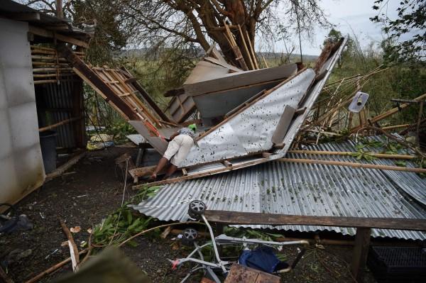 山竹颱風肆虐菲律賓,各地陸續傳出災情。(法新社)