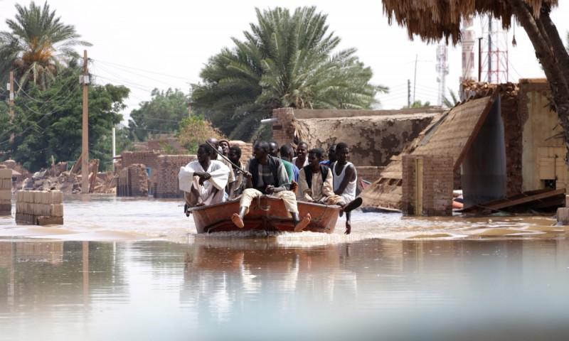 蘇丹遭受暴雨和洪水襲擊,已造成62人死亡、近20萬人生活受影響。(歐新社)