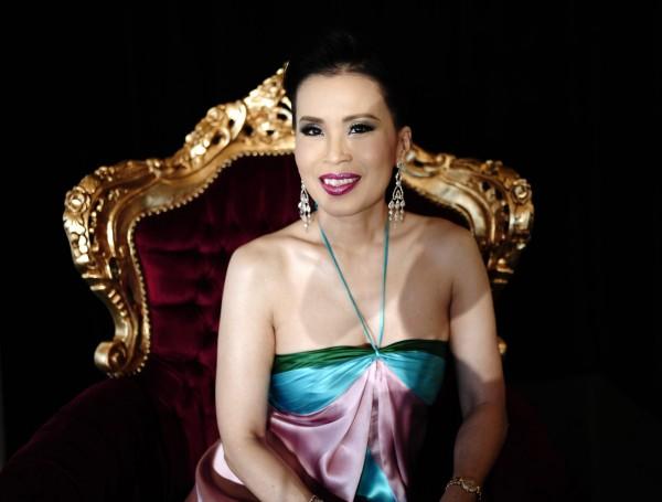泰國長公主烏汶叨(Ubonrat Ratchakanya)日前宣布代表愛國黨參與今年3月的總理選舉,今正式遭除名。(法新社)