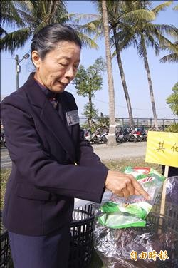 環保志工黃秀菊 每天「回收」一條街