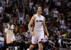 NBA》熱火、太陽全武行 3人遭逐出場