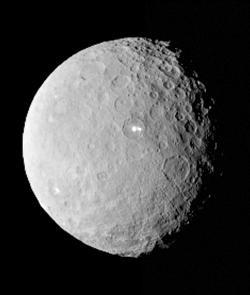 飛7.5年45億公里 黎明號抵穀神星