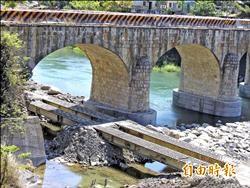 運砂便道 仍穿糯米橋下