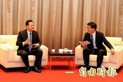 台電董事長拜會林佳龍 承諾台電將改善空污