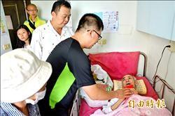 79歲仙草伯賣茶養子女 肝癌病倒了