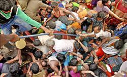 浴河節踩踏 印度27死