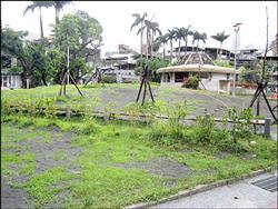 嘉興公園改善工程 土丘造景被批像墳墓