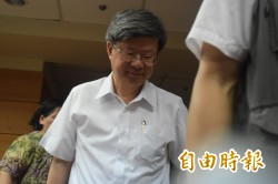 反課綱學生攔路 怒嗆吳思華是殺人部長