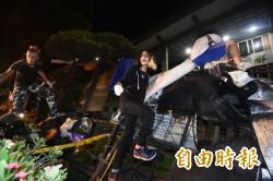 02:10數百反課綱民眾 占領教育部前庭