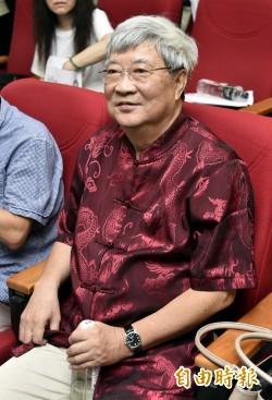 接受中國官媒專訪 王曉波:反課綱學生像紅衛兵