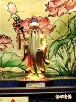龍山寺月老被偷 拜的是復刻版