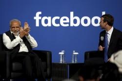 印度總理莫迪愛拍照 祖克柏擋鏡頭尷尬被拉開