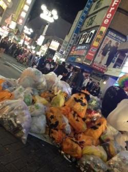 萬聖節留遍地垃圾...日本人「事後處理」令人佩服