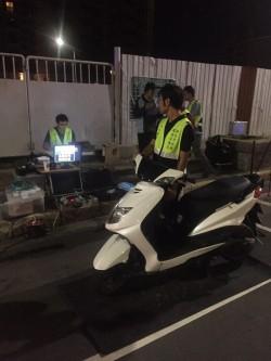 新莊警方攔查改裝、噪音車 首晚開出12張罰單
