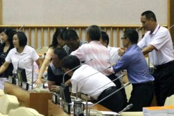 議會打群架 議員潘長成李世斌被訴