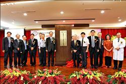 人體生物資料庫 小港醫院研究站揭牌