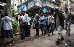印度近8億人家中沒廁所 排隊可排到月球