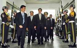 111中階警官調升職等 立委批選舉動作