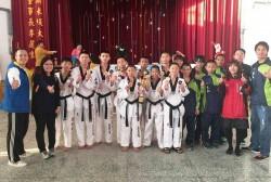 嘉縣中小學運動會》民和國中跆五金 團體六連霸