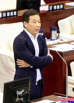 喊「開除連戰、清查黨產」 楊志良:佩服鍾小平勇氣