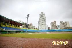 職棒賽事達15場 新竹棒球場好夯