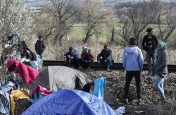 歐盟將難民丟給土耳其 國際組織同聲譴責