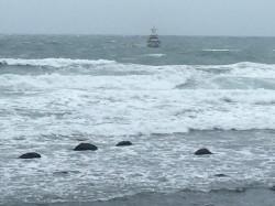 直升機盤旋後墜海釀1死 驚險畫面曝光