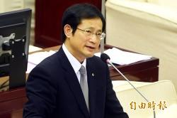 台北油價跌基準點未調 議員批柯護業者