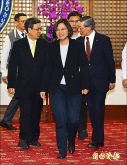 蔡︰讓台灣成為新亞洲價值典範