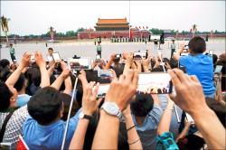 北京繃緊神經 天安門武警巡守