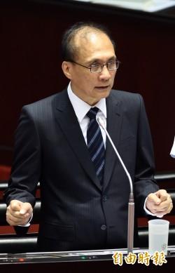 台灣智庫民調 林全不滿意度兩週暴增19%